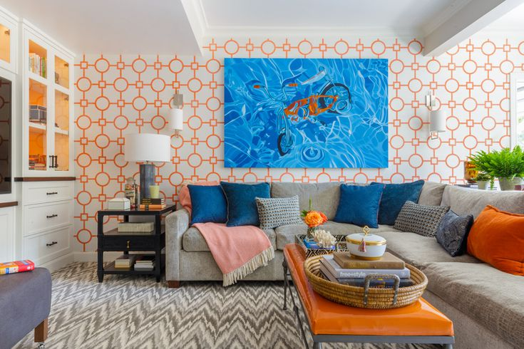 دکوراسیون اتاق نشیمن معاصر با رنگ نارنجی